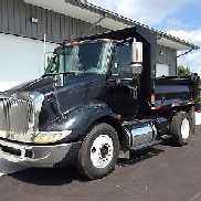 2005 International 8600 - Unit# 6898 Truck Tractors