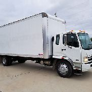 2007 Mitsubishi Fuso FK260 Perfect Truck Needs Nothing