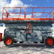 SKYJACK SJ-9250 - 56' WORKING HEIGHT - DIESEL 4X4 - OUTRIGGERS - SCISSOR LIFT