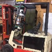 forklift electric NISSAN with Charger