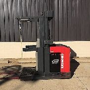 Raymond EASI - OPC30TT Electric Order Picker