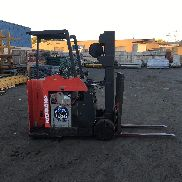 "RAYMOND FORKLIFT DOCKSTOCKER/PACER 3000# 188"" LIFT , MN#C40TT ,WITH BATTERY"
