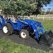 New Holland T1520 Diesel Tractor, 74 Hrs, 35 HP, 4x4, Hydro, Loader & Backhoe