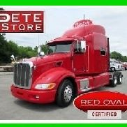 2013 Peterbilt 386 RED OVAL FACTORY CERTIFIED w/ WARRANTY - LIKE NEW--LOW MILES