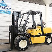 Yale GLP100, 10,000# Pneumatic Tire Forklift, Three Stage Mast, Sideshift, Nice!