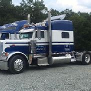 2005 Peterbilt 379X .... antiguo transportista de NASCAR
