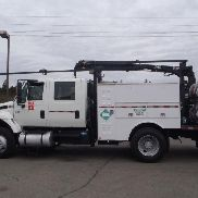 2006 INTERNATIONAL 7500 SERVICE TRUCK WITH HIAB DECK CRANE