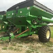 2010 Brent 782 Grain Carts