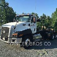 2015 CATERPILLAR CT660S Trucks