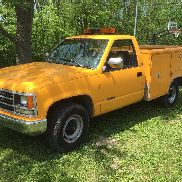 rust free california 2500 chevy utility body truck in Ohio. service bed