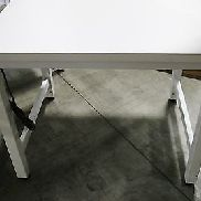 (1) Gebraucht Bench-Tek Lösungen Hydraulic Lift Table 15701
