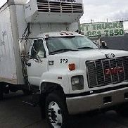 2001 GMC C7500 REFRIGERATED BOX TRUCK WITH ONLY 65, 923 ORIGINAL MILES !