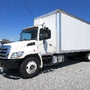 2012 Hino 268 27Ft Box truck Aluminum Lift gate Clean NON CDL New Tires DOT READ