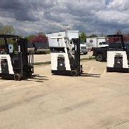 2004 Crown 3000 Pound Forklift-Narrow isle-Tight turns-WE WILL SHIP! BUDGET BUY