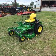 NICE JOHN DEERE 717 ZERO TURN MOWER - ONLY 764 HOURS