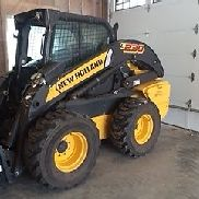 2013 New Holland L230 Kompaktlader