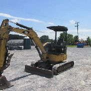 2012 Caterpillar 303.5DCR Mini Excavator w/ Hydraulic Thumb!