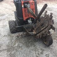 Zahn R300 Ditch Witch Ride entlang Trencher