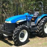 2009 New Holland Diesel Farm Tractor TD5050. 94Hp 4X4 with only 122.9 hours