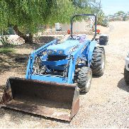 New Holland T30 - 2004 - low hours