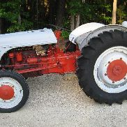 Ford 9N Tractor Very Good Condition