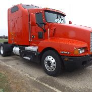 2003 kenworth t-600 13 speed-overhauled with paper work