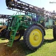 2011 John Deere 4830 Applicators & Sprayers