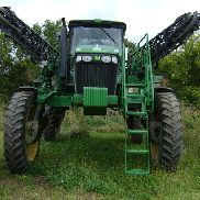 2009 John Deere 4830 Applicators & Sprayers