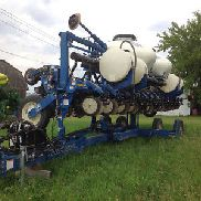 2011 Kinze 3600 Tillage, Seeding & Planting
