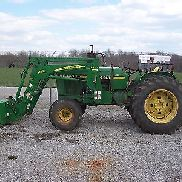 JOHN DEERE 2440 2WD TRACTOR WITH JD 542SL LOADER EXC COND.