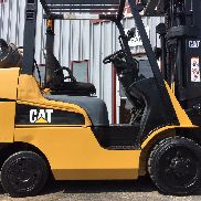 CATERPILLAR/MITSUBISHI CUSHION FGC30N 6000LB FORKLIFT LIFT TRUCK