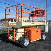 2007 JLG 260MRT ALL TERRAIN COMPACT ROUGH TERRAIN 26FT SCISSOR LIFT 26' MAN LIFT