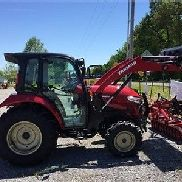 2016 YANMAR YT359 CAB TRACTOR 4X4 W / LOADER DUAL Remotes TEMPOMAT. DEMO