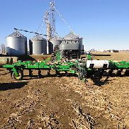 2015 John Deere 2510H Applicators & Sprayers