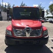2009 HINO 268 WITH A 22FT FLAT BED RED AND READY TO WORK