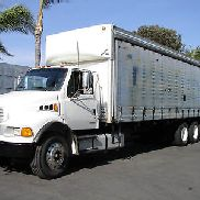 Sterling Freightliner 27ft Box Truck curtain 26ft 28 Hino Freightliner Peterbilt