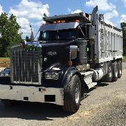 2011 Kenworth W900 Tri-Axle features a 17.5 R/S Aluminum Dump Body