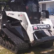 2015 Track Loader Terex PT110F AC / Heat, Hyd QC, 2-spd, Radio, Backup-Kamera