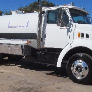 1998 Ford F8000 Septic Truck 2500 gallon tank