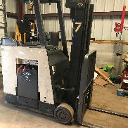 Crown RC3020-30 Counter Balanced Forklift con Sideshift SÓLO 16200 HRS