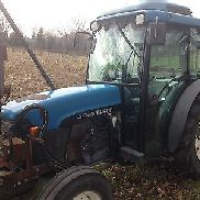 2001 NEW HOLLAND TN90F Tractors