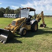 New Holland LB75 tractor loader backhoe 75hp 4WD with only 1330 hours!