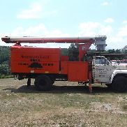 1983 F8000 CHIPPER DUMP FORESTRY BUCKET TRUCK STARTS RUNS OLDER TRUCK