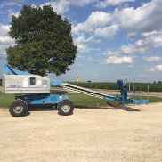 2005 GENIE S40 40 '4X4 DIESEL STRAIGHT BOOM MANN LIFT CHERRY PICKER