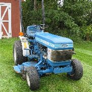 1987 Ford 1210 Tractor with Ford Direct Drive Commercial Mower Deck