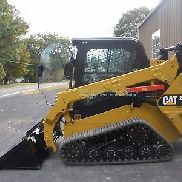 2015 CATERPILLAR (CAT) 257D TRACKLOADER, CAB w/ HEAT, AC, 2 SPEED, ONLY 253 HRS