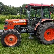 KUBOTA M9000 DTC TRACTOR 4WD CON CABINA A / C CALOR ESTEREO