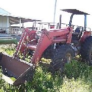 Case International 5120 Maxxum Tractor with 510 loader