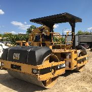"2002 Caterpillar CB634C 84"" Smooth Double Drum Asphalt Roller Compactor; 5073HRS"