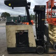 CROWN RC3020-30 COUNTERBALANCE 36 VOLT ELECTRIC STAND UP FORKLIFT (4 STAGE)